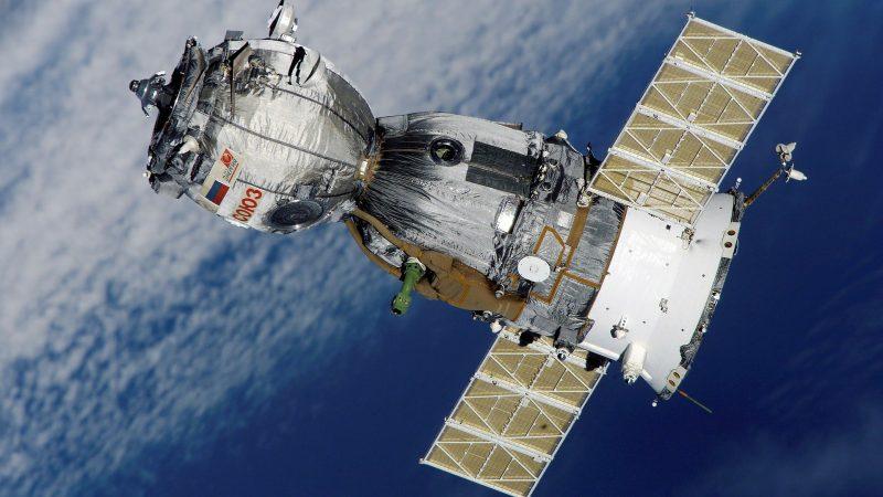 Un satellite publicitaire en orbite : le marketing spatial !!